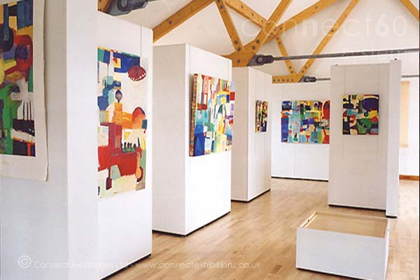 Exhibition Panel System, Exhibitions Panel System, Exhibition Panel Systems at the exhibition at 'Canary Wharf' in London, the panels created an exhibition space for artists. (paintings and photographs, artists prints)